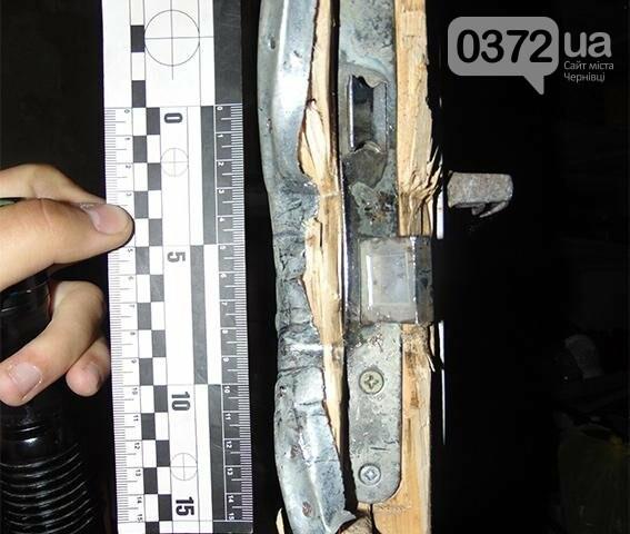 У Чернівцях затримали злодія, який обікрав чужий підвал (фото), фото-1