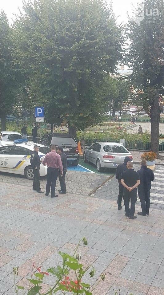 """Як паркуються """"культурні"""" чернівчани? (ФОТО), фото-4"""