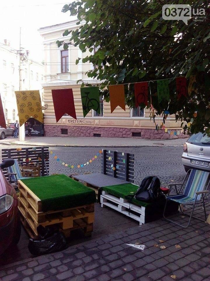 Замість парковок у Чернівцях - кава, зустрічі, мильні бульбашки та майстер-класи, фото-1