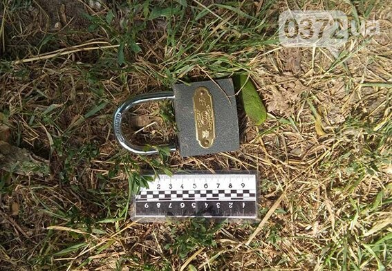 На Буковині затримали серійного злодія, який обкрадав магазини (фото), фото-3