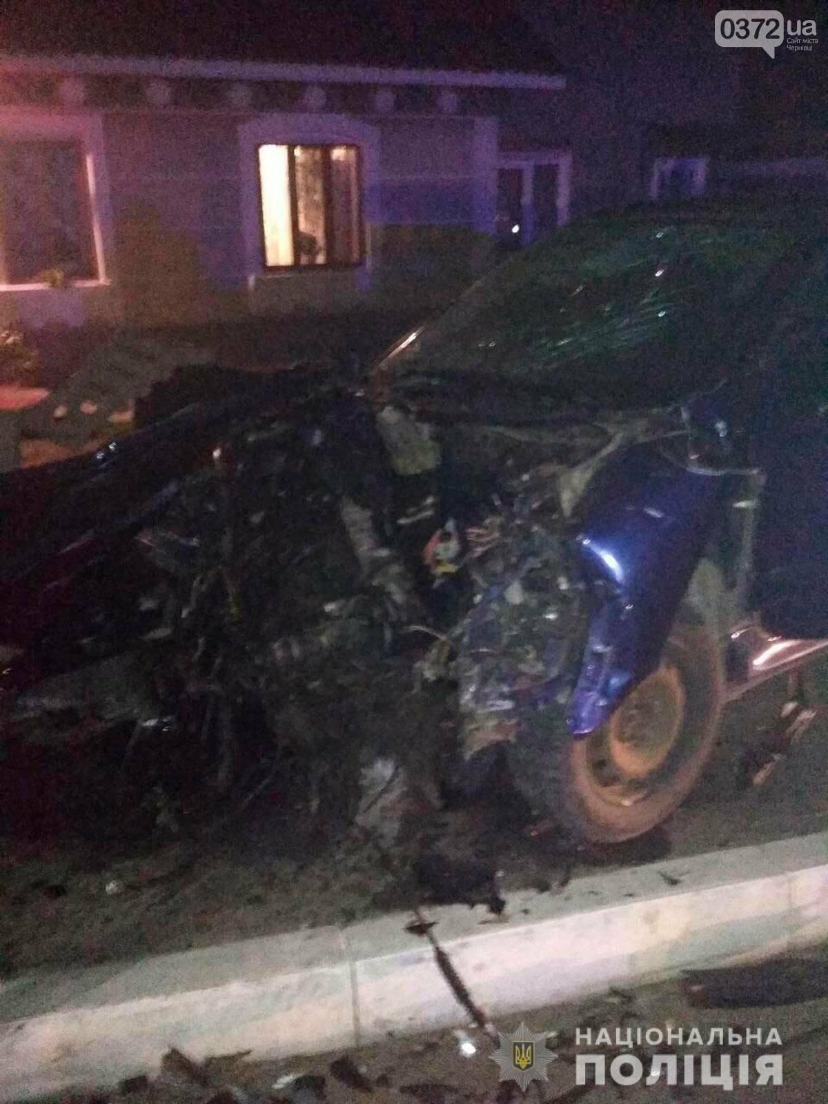 Внаслідок нічної ДТП на Буковині загинув чоловік: на перехресті доріг зіткнулись два автомобіля, фото-2