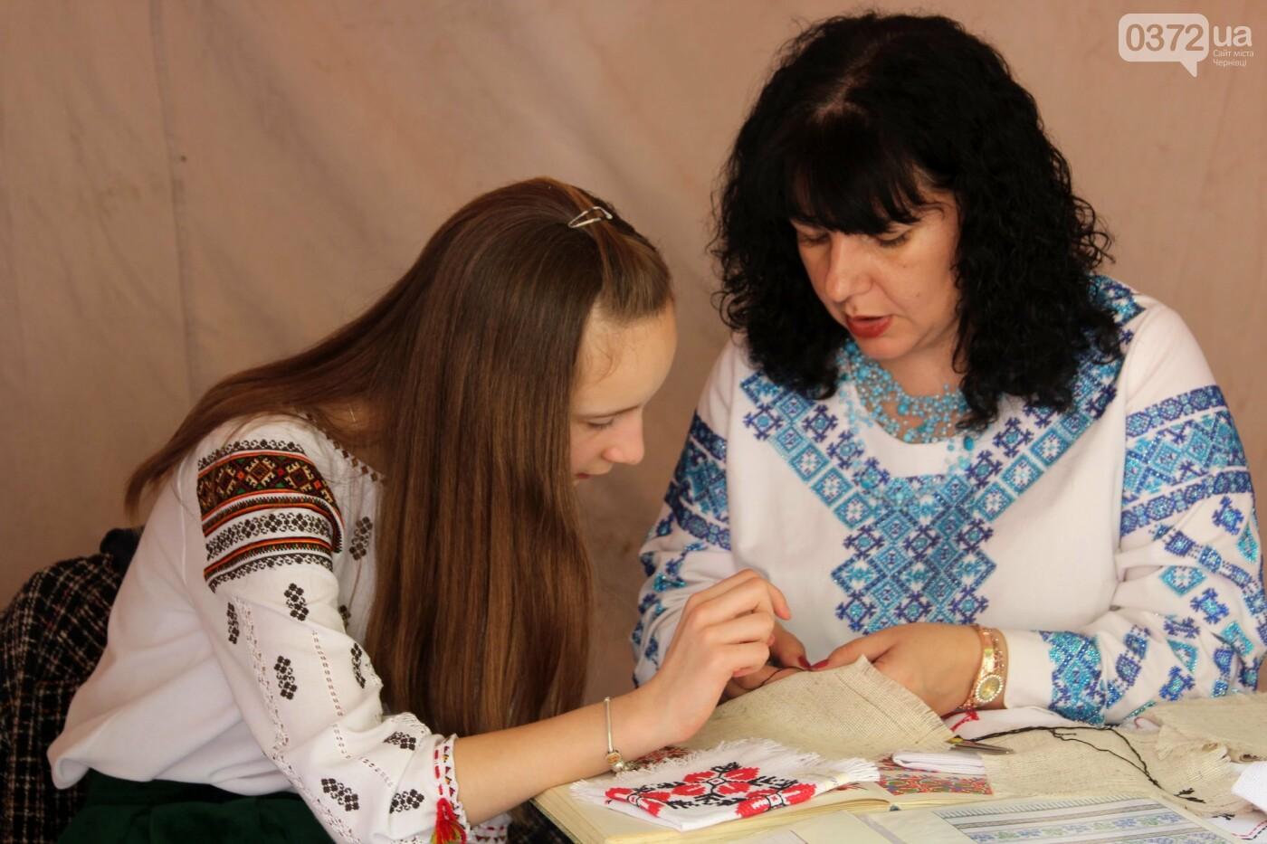 В Чернівцях на фестивалі Розквітай, писанко!» нагородили кращі роботи, фото-11
