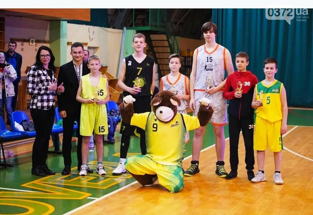 Юні чернівчани здобули срібло у Всеукраїнському турнірі з баскетболу , фото-3