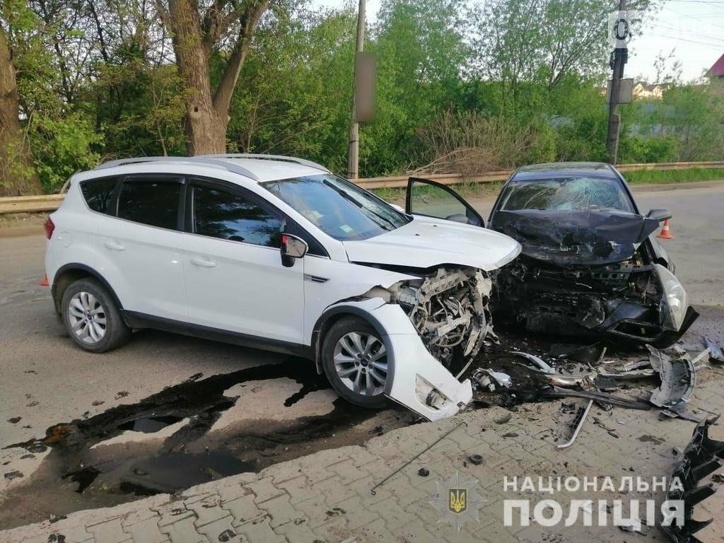 Поліція Буковини розслідує ДТП, які сталися минулої доби, фото-1