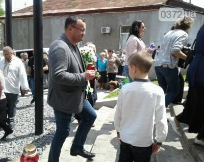 Вчора чернівчани вшанували жертв політичних репресій, фото-6