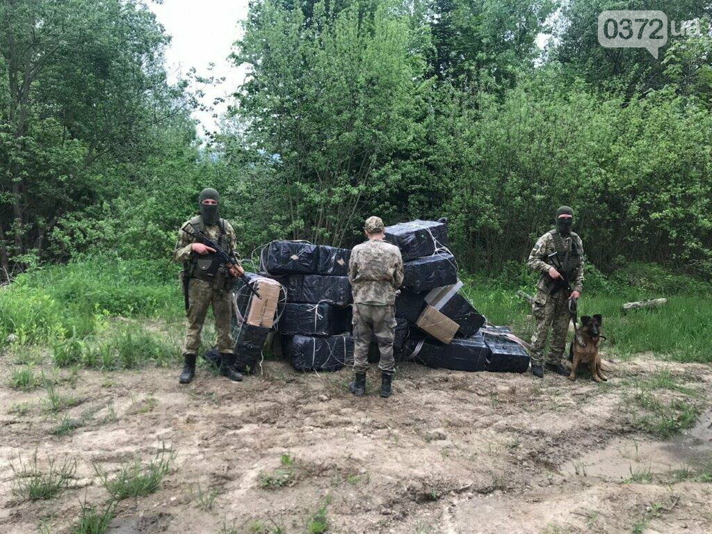 Майбутні офіцери допомогли затримати порушників на Буковині, фото-2