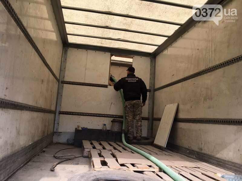 На Буковині вилучили майже 20 тисяч літрів сприту, фото-1