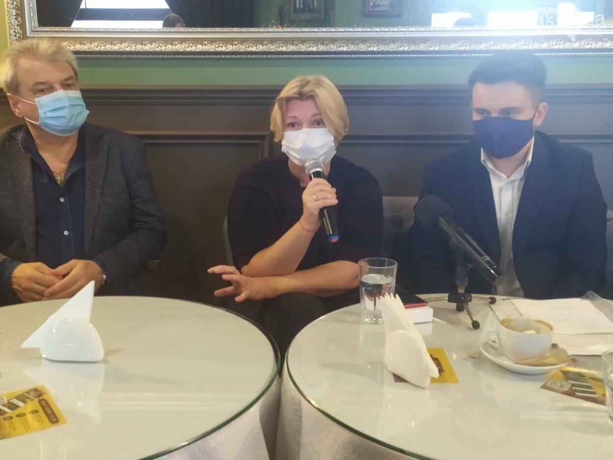 """""""Зупинка медичної реформи - це крах для майбутніх поколінь"""": у Чернівцях обговорили проблеми медичної сфери , фото-4"""