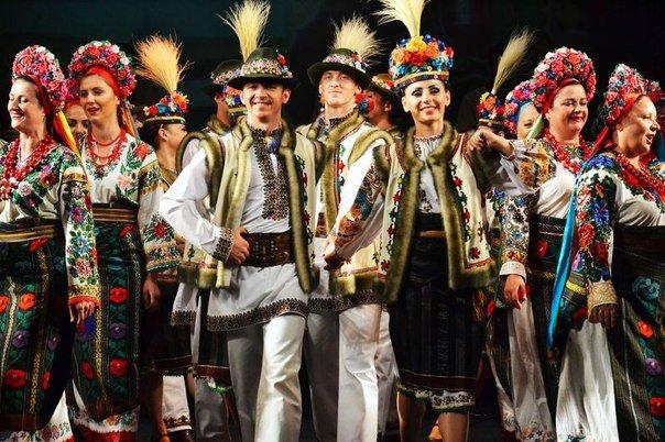 Заслужений академічний буковинський ансамбль пісні і танцю, фото-3