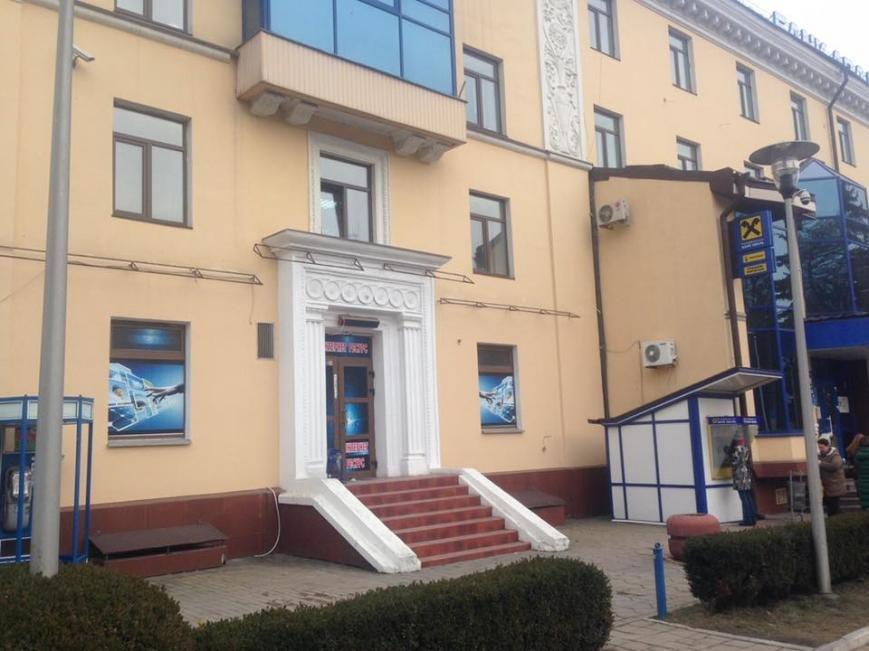Депутат Чернівецький міської ради заявив, що у місті інспекція з благоустрою ігнорує незаконну рекламу, фото-1