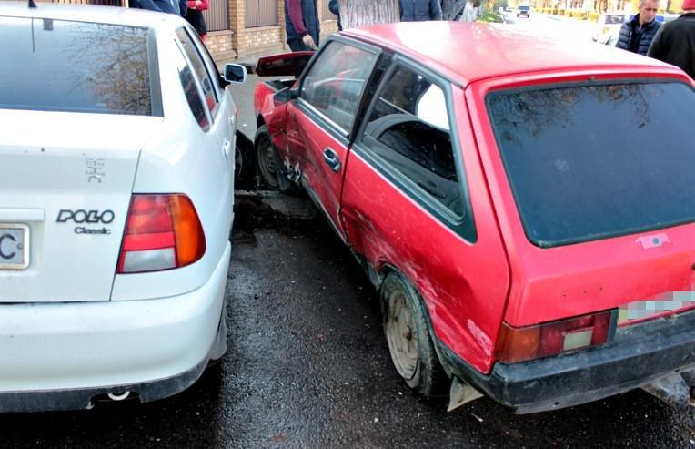 На Буковині сталася ДТП за участі двох автомобілів, фото-2