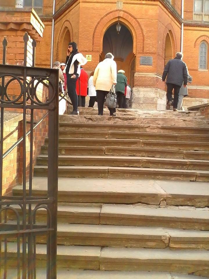 У Чернівцях люди з інвалідністю не можуть потрапити до Вірменської церкви, фото-1