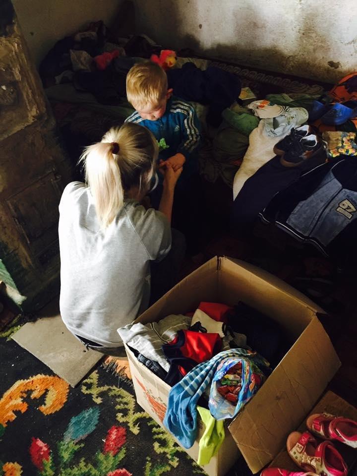 Чернівецька волонтерка показала як живуть діти за межею бідності (ФОТО), фото-3