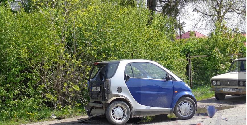 Чергове ДТП на Буковині: зіткнулись три автівки, фото-3