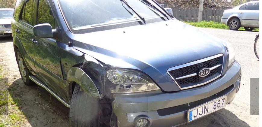 Чергове ДТП на Буковині: зіткнулись три автівки, фото-2