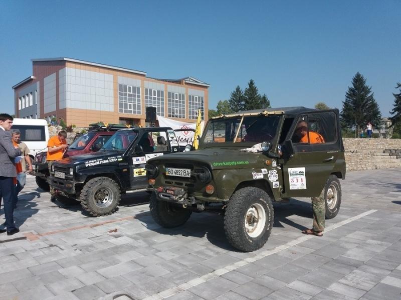 На Буковині стартували змагання на позашляховиках (фото), фото-1