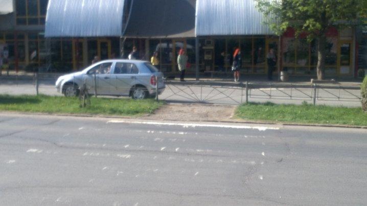 У Чернівцях закрили один пішохідний перехід на проспекті Незалежності (фото), фото-1