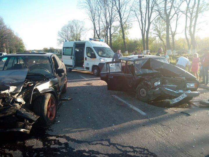 На Буковині зіткнулися BMW і «Жигулі» (фото, відео), фото-1