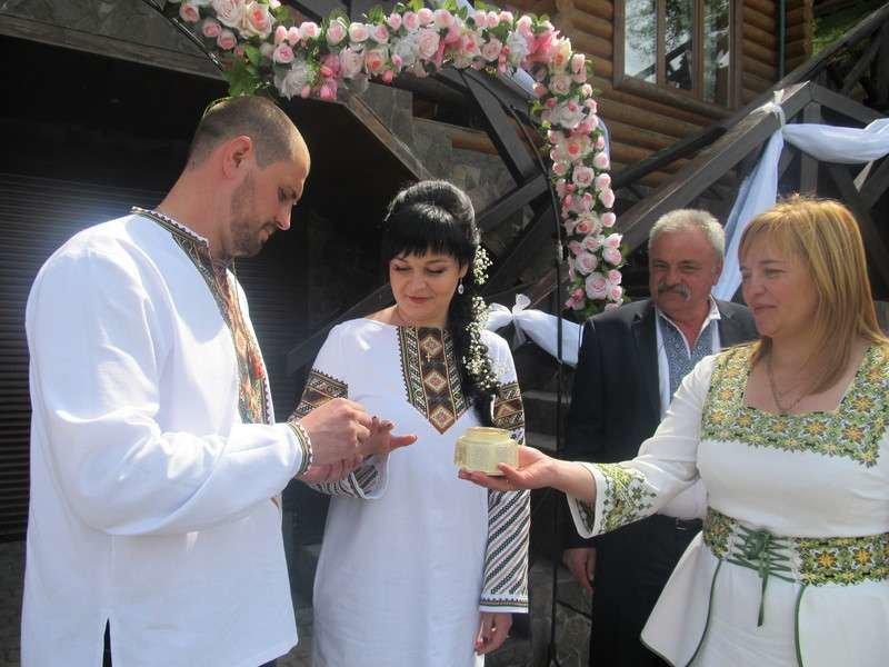 На Буковині зареєстрували тисячний шлюб за добу (фото) , фото-1