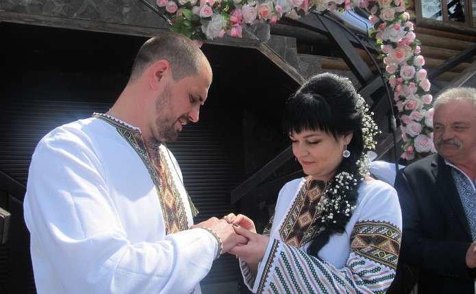 На Буковині зареєстрували тисячний шлюб за добу (фото) , фото-2