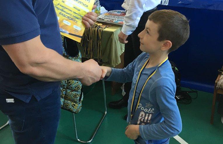 Сторожинецькі кікбоксери вибороли шість призових місць на обласному чемпіонаті, фото-2