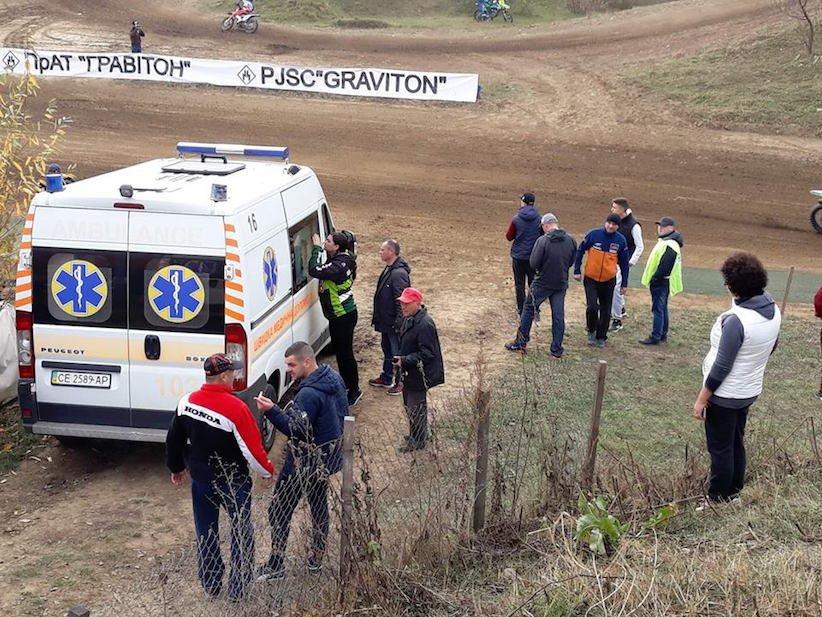 Спортсмен із Закарпаття травмувався на змаганнях із мотокросу у Чернівцях (фото), фото-4