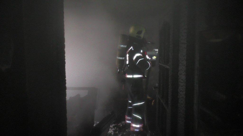 У Чернівцях через піч горіла квартира: чоловік отруївся чадним газом, фото-1