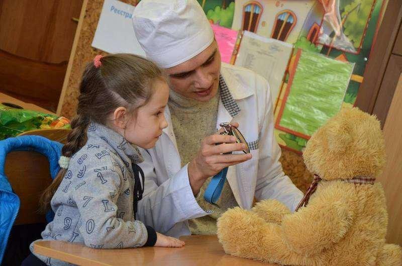 У Чернівцях дітей навчали не боятися лікарів (фото), фото-2