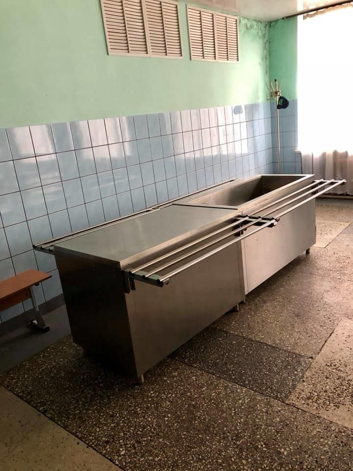 «Шведські столи» іржавіють у чернівецьких школах (фото), фото-1