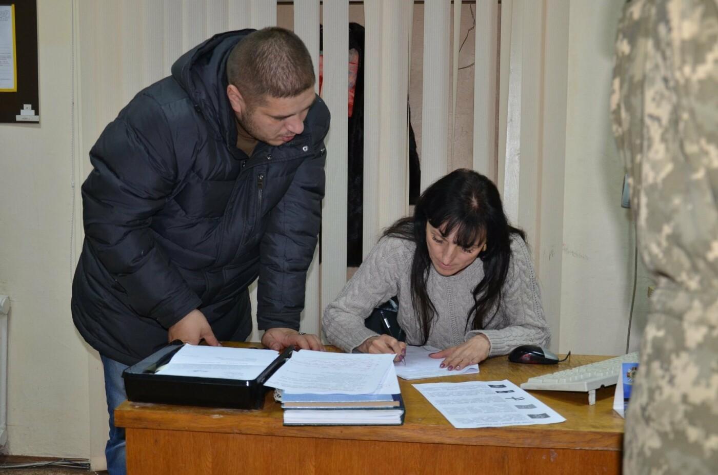 Буковинці почали активно звертаютись до військкомату: на службу відправили ще 6 кандидатів, фото-6