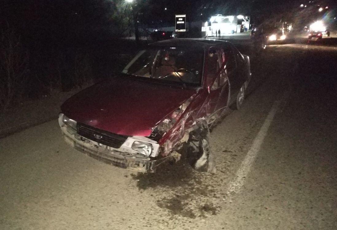 На Буковині лоб в лоб зіктнулись два автомобіля, фото-2