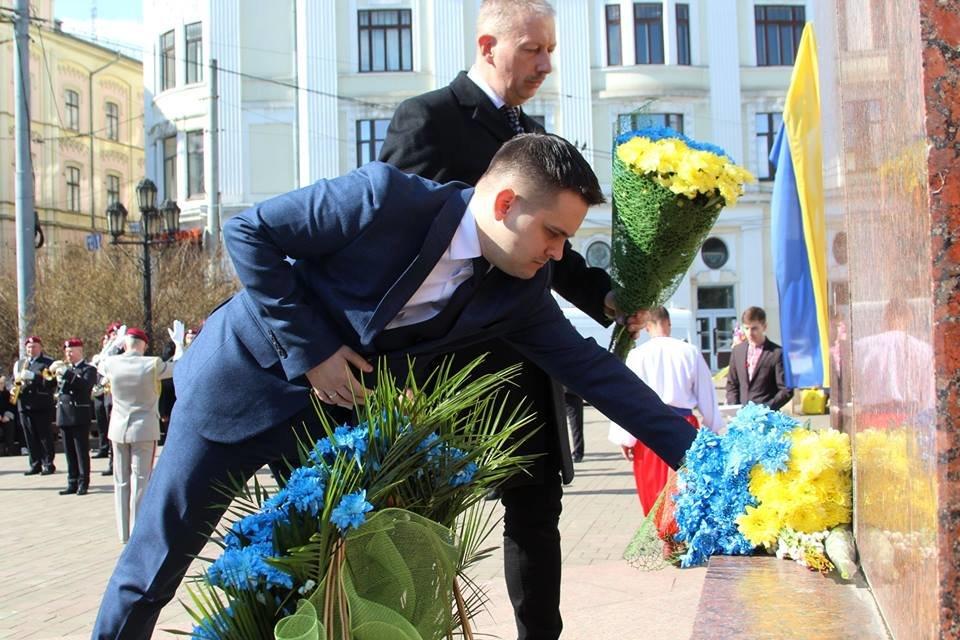В Чернівцях відбулись урочистості до дня народження Тараса Шевченка, фото-4