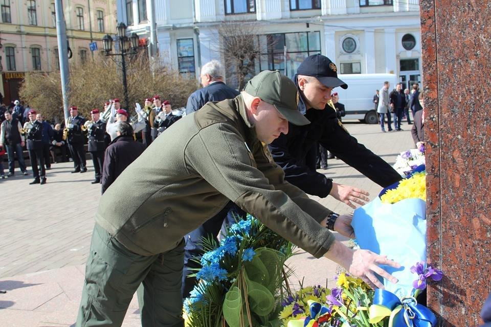 В Чернівцях відбулись урочистості до дня народження Тараса Шевченка, фото-6