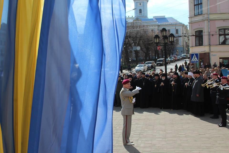 В Чернівцях відбулись урочистості до дня народження Тараса Шевченка, фото-7
