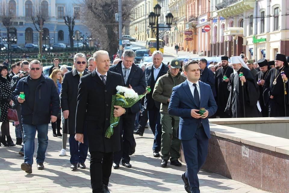В Чернівцях відбулись урочистості до дня народження Тараса Шевченка, фото-10
