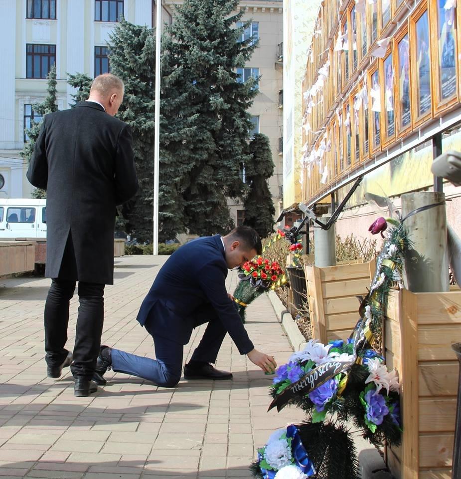 В Чернівцях відбулись урочистості до дня народження Тараса Шевченка, фото-11