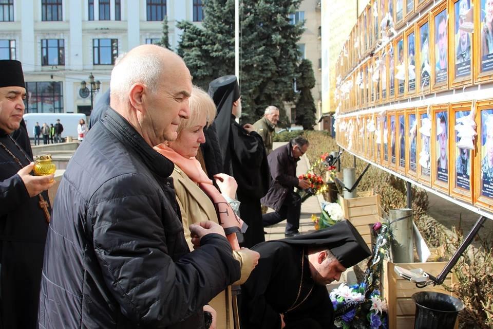 В Чернівцях відбулись урочистості до дня народження Тараса Шевченка, фото-9