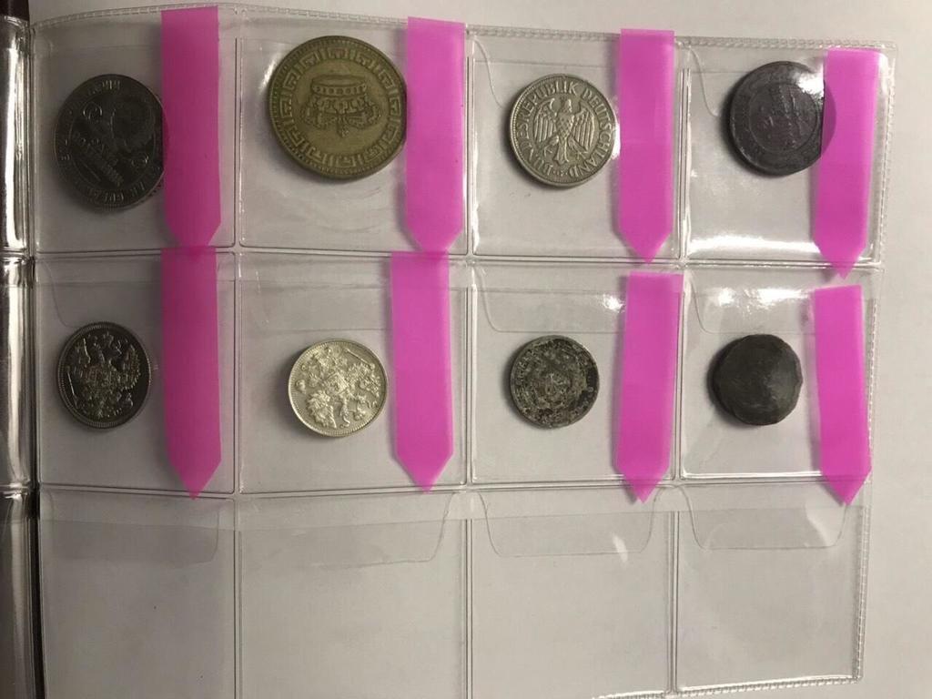 На Чернівецькій митниці зупинили чоловіка, який хотів незаконно ввезти старовинні монети, фото-3