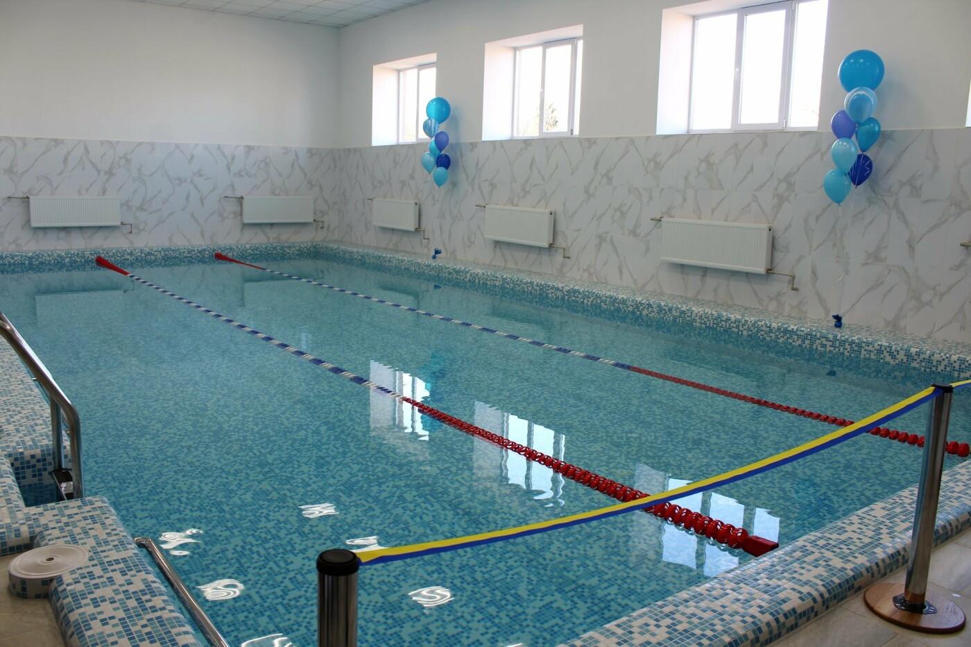 На Кіцманщині у школі капітально відремонтували басейн, фото-18