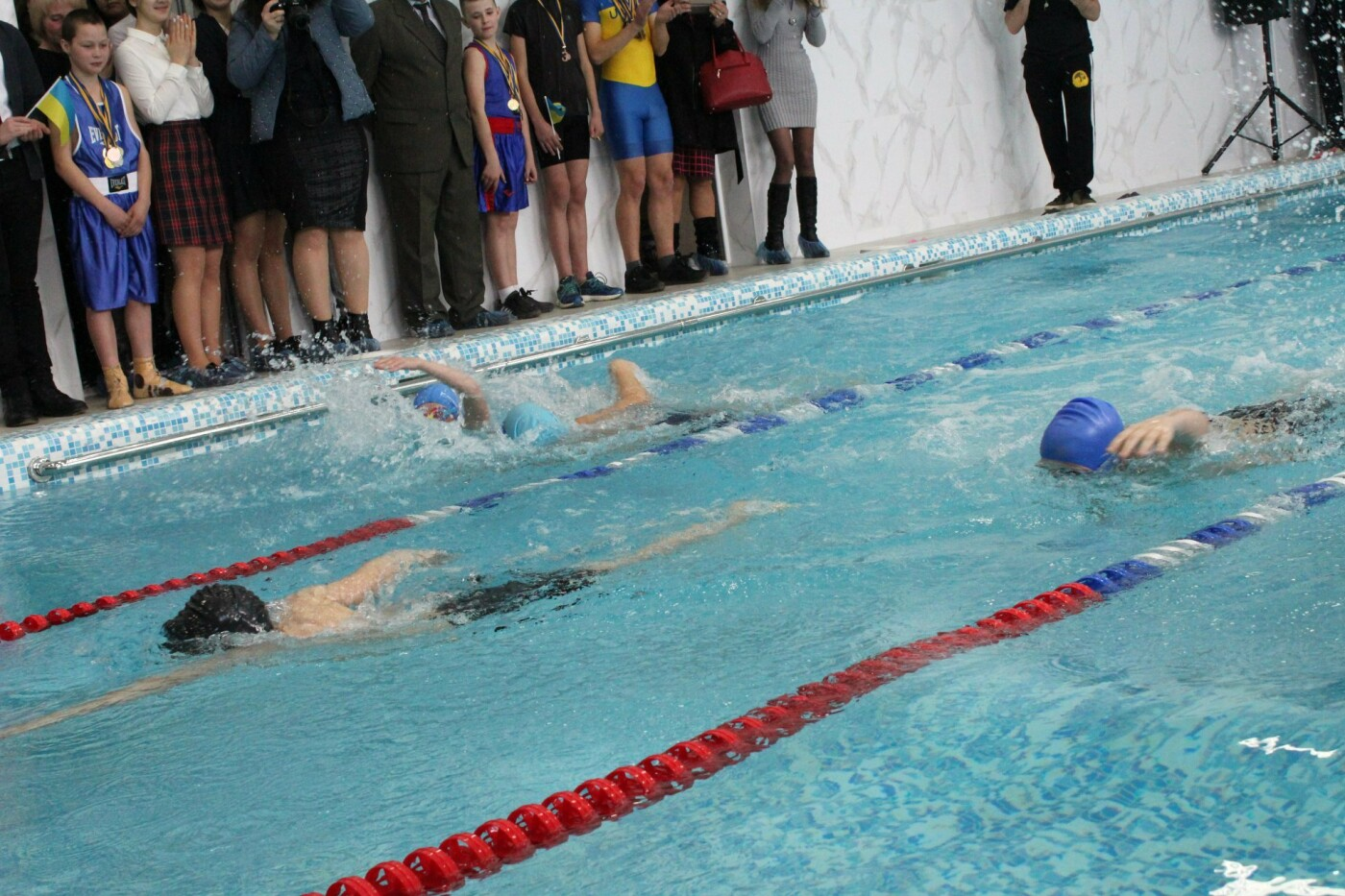 На Кіцманщині у школі капітально відремонтували басейн, фото-20