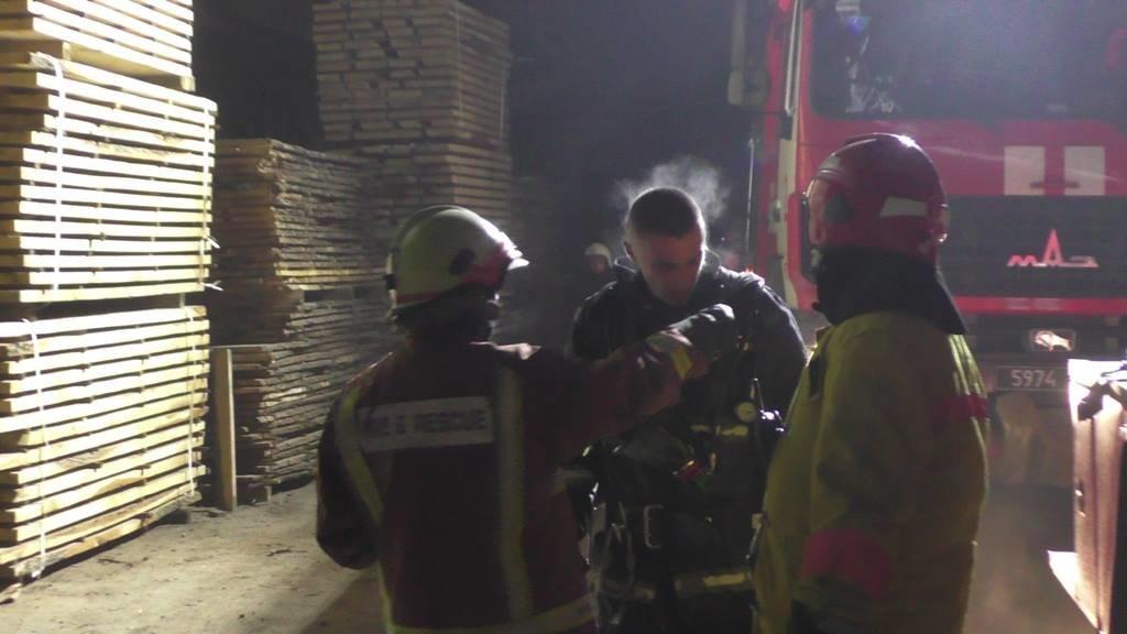 Рятувальники повідомили деталі вчорашньої пожежі в Чернівцях, фото-3