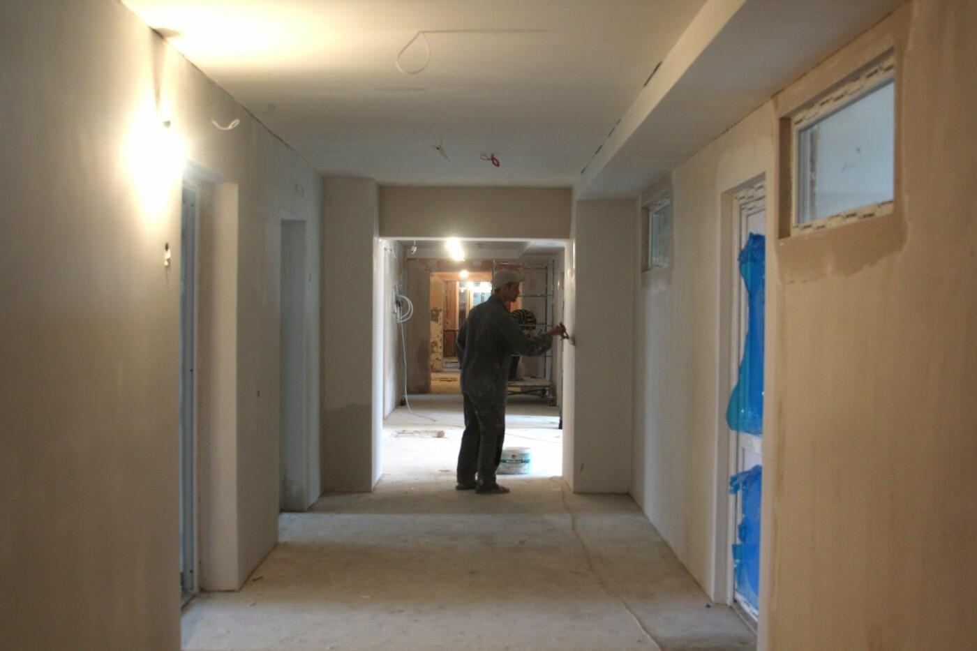 В Чернівцях реконструкція відділення радіології у онкодиспансері наближається до фінальної стадії, фото-3