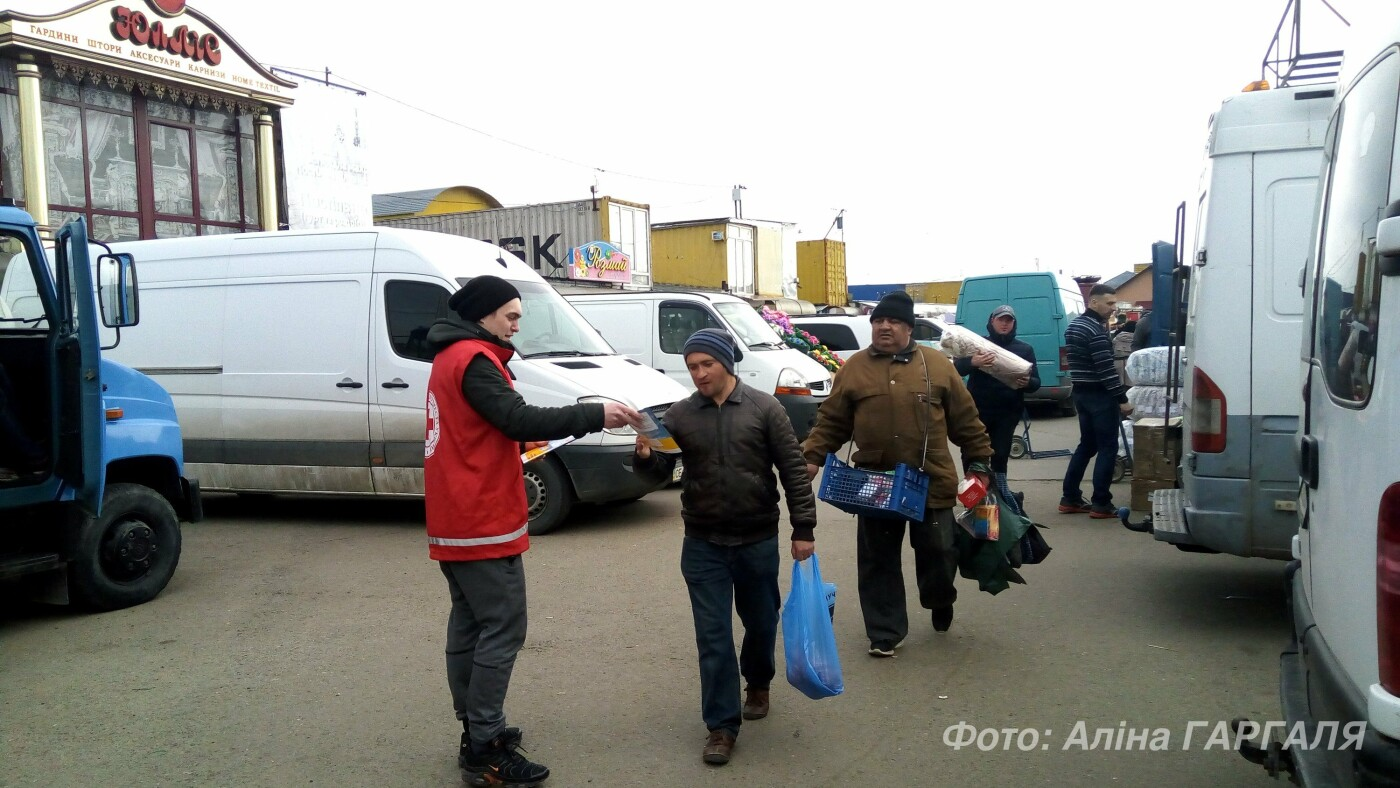 В Чернівцях понад 120 осіб безоплатно обстежили свої легені, фото-2