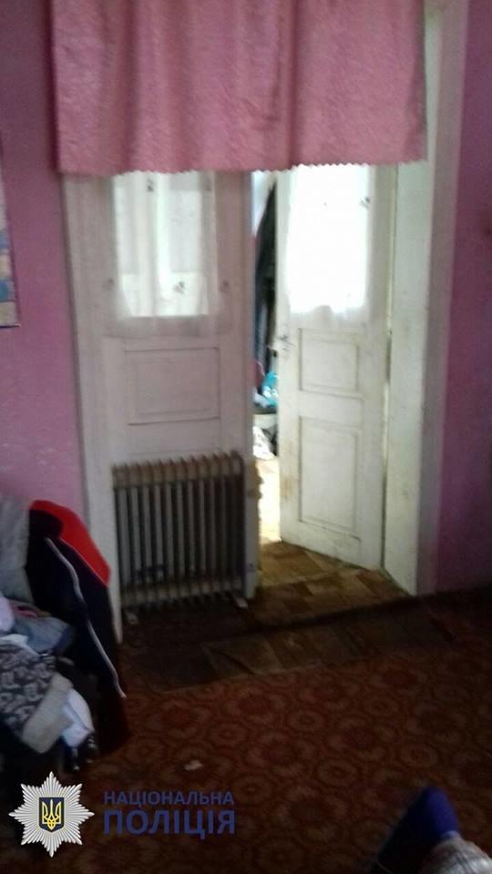 Пили та били дітей: в Чернівцях на подружжя склали протокол за антисанітарні умови проживання, фото-7