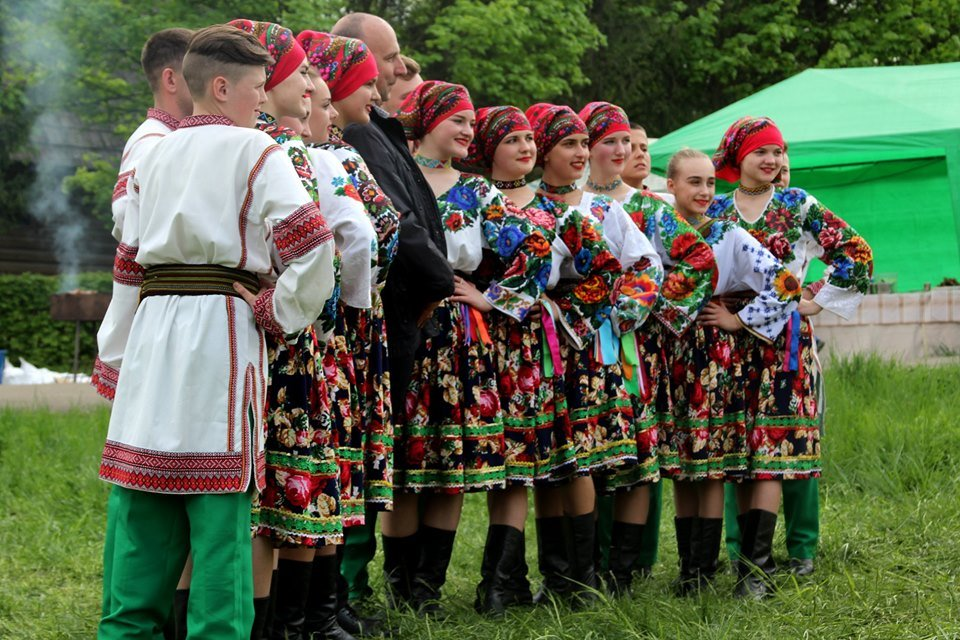 В Чернівцях провели мистецьке свято, фото-1