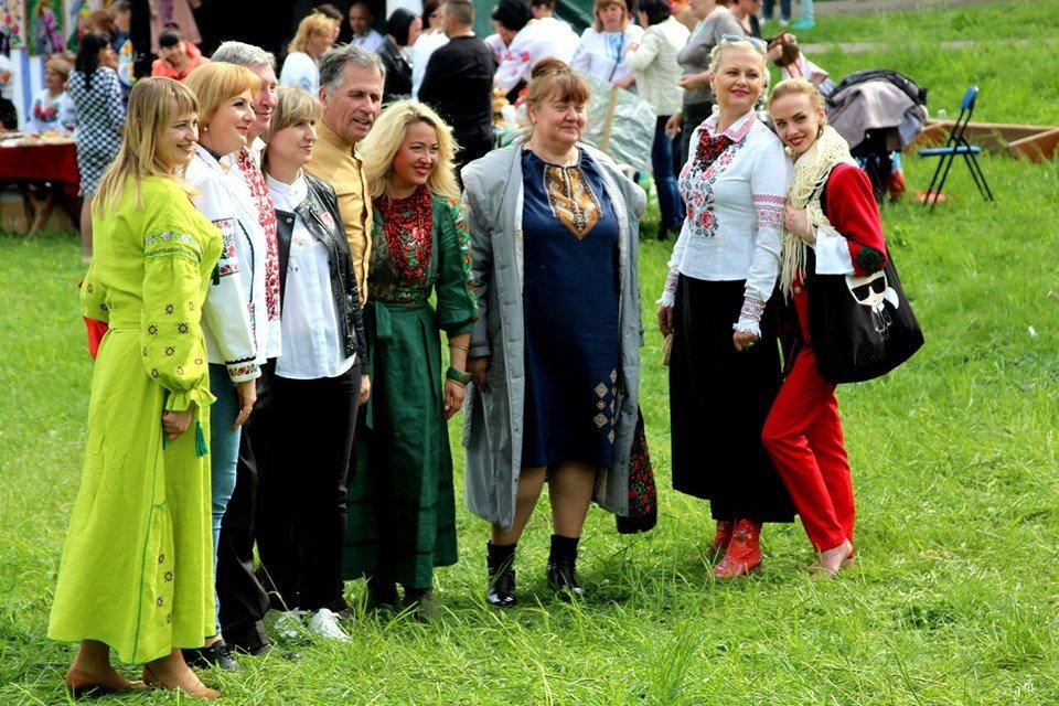 В Чернівцях провели мистецьке свято, фото-6