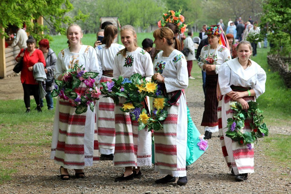 В Чернівцях провели мистецьке свято, фото-9