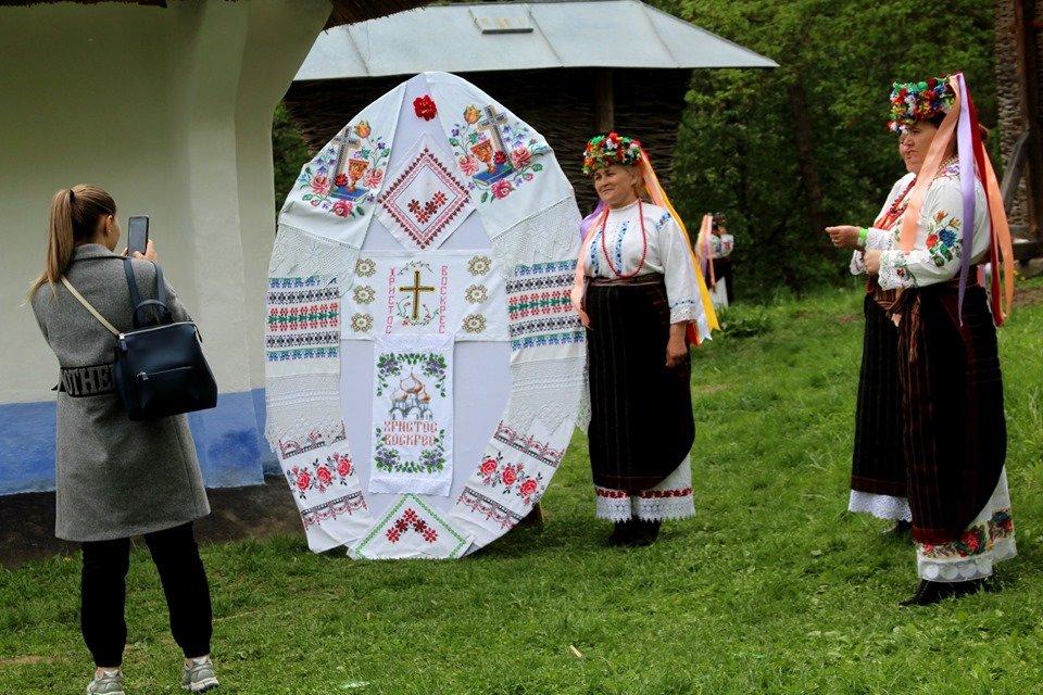 В Чернівцях провели мистецьке свято, фото-11