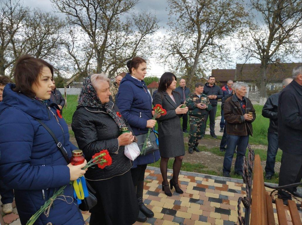 На Буковині вшанували пам'ять загиблого Героя-кіборга Володимира Бузенка, фото-1