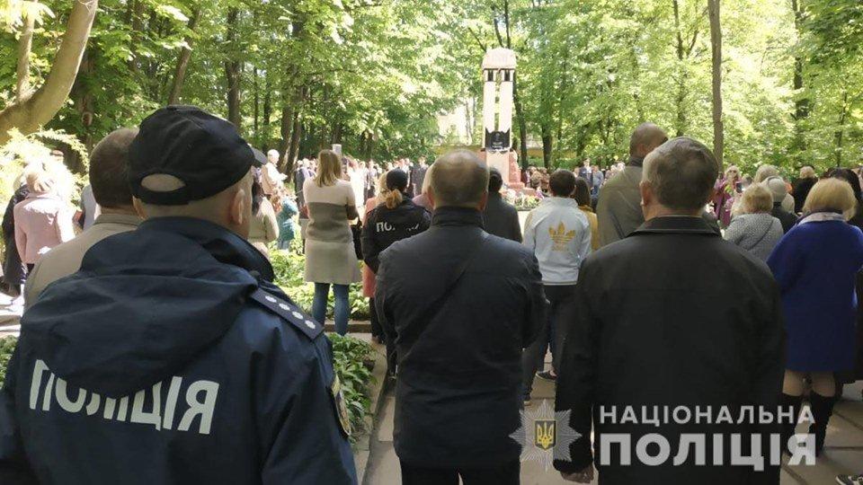 На Буковині у заходах присвячених 9 травня взяло участь більше 7 тисяч людей, фото-10